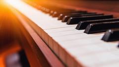 Lieder am Klavier begleiten: Ein schneller Einstieg.