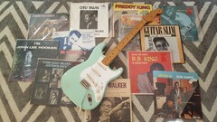 Traditional-Style Electric Blues Guitar For Beginners