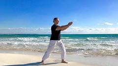 Wave Tai Chi - Meditation in Bewegung, am Meer für dich