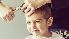 Kindern ohne Tränen Haare schneiden. Tips und Tricks