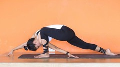 Yoga Flow for Weight Loss & Flexibility by an Indian Yogini