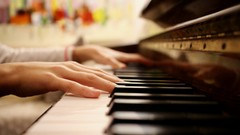 Piano class : Thai pop songs for beginner