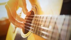 Aprende a tocar la guitarra acústica como un profesional