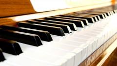 Aprende a tocar ritmo pop en el piano y teclado