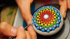Mandala Rock Painting: Complete and easy step-by-step class