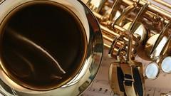 Saxophone Made Easy. - Beginner Level One