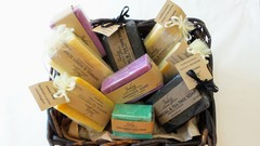 STARTING YOUR OWN SOAP MAKING BUSINESS (LEVEL ONE)