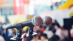 Public Speaking: Financial Advisers Convey Your Expertise