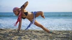 Interval Power Yoga by Ali Kamenova