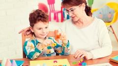 Imágen de Autismo y Desarrollo: Ayude a Su Niño/Estudiante con ABA