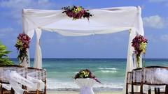 How to Plan a Destination Wedding