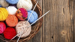 Learn to Knit in 3 Easy Lessons By The Knitting Channel