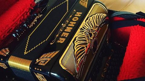 Netcurso-aprende-a-tocar-el-acordeon-de-botones-i