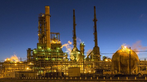 Petroleum Refining - Complete Guide to Products & Processes