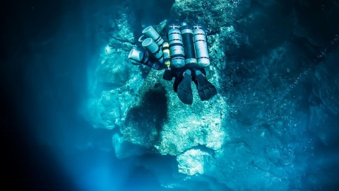 Deep Explorer