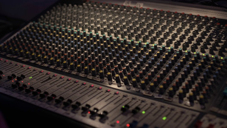 Operating the Audio Mixer, A Beginning Sound Engineer Course | Udemy