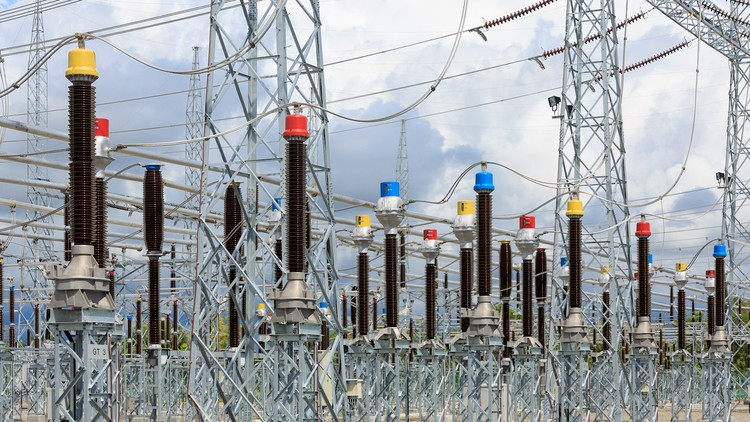 Protection and Control of High Voltage Power Circuits