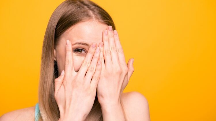A Beginner's Guide to Overcoming Shyness